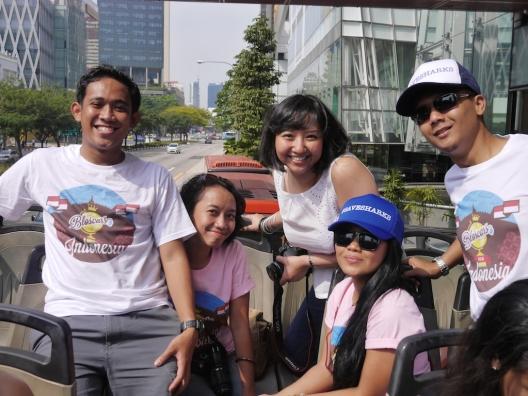 The lucky man, Indri, Tika, Firsta, Fahmi.