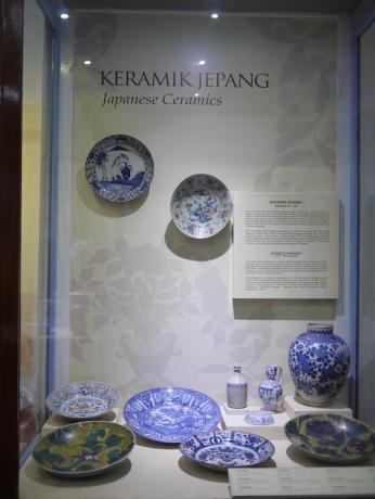 Keramik Jepang