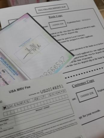 Membayar Visa Amerika