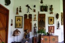 Koleksi museum di tengah kebun