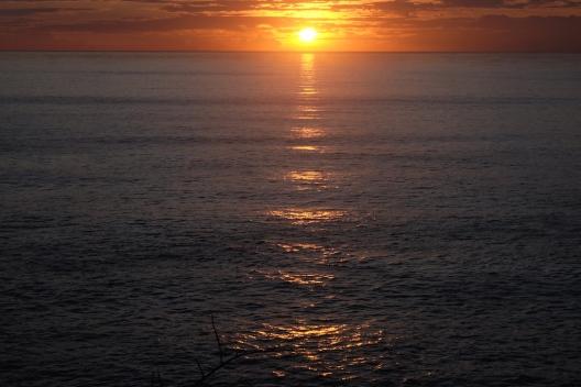 Sunset di Kilometer 0