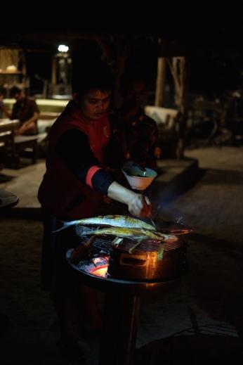Bakar Ikan Pulau Macan