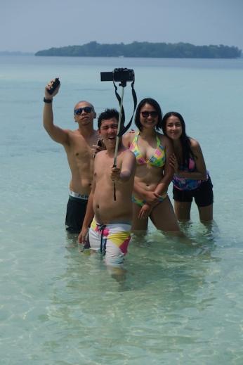 Selfie di Pulau Macan