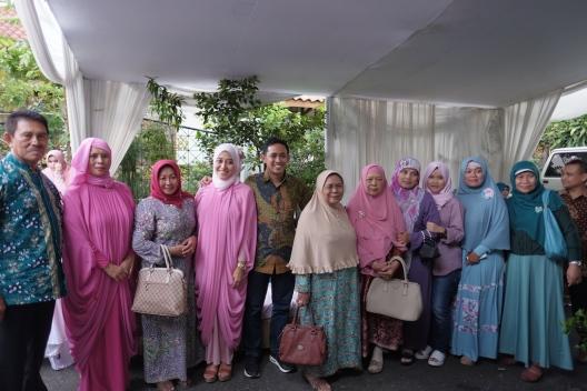 Pertemuan Keluarga