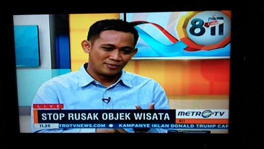 8-11 Metro TV Vandalisme