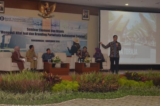 Seminar Ekonomi Bisnis di Banjarmasin