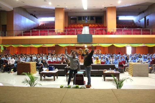 Seminar PNSpreneurship at Sekolah Tinggi Ilmu Statistik Indonesia (November 2013)