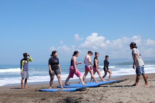 Open Trip: Surfing Cimaja