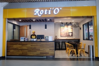 Roti O Bandara Pattimura Ambon