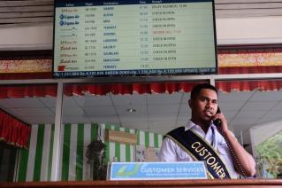 Customer Service Bandara Pattimura Ambon