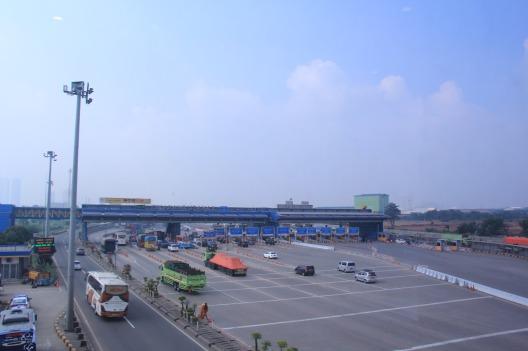 Gerbang Tol Cikarang Utama