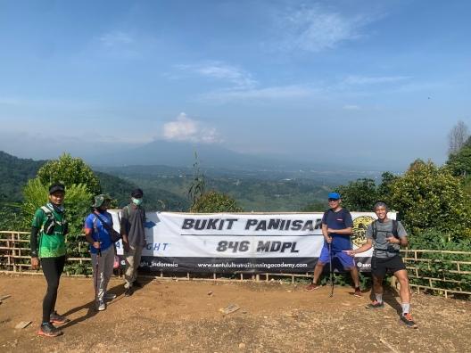 Bukit Paniisan